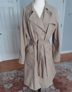 Hugo Boss classic trench coat